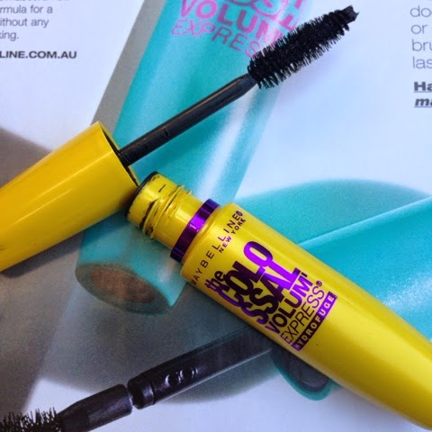 Mascara Madness ft Maybelline the Colossal Volum' Express Waterproof