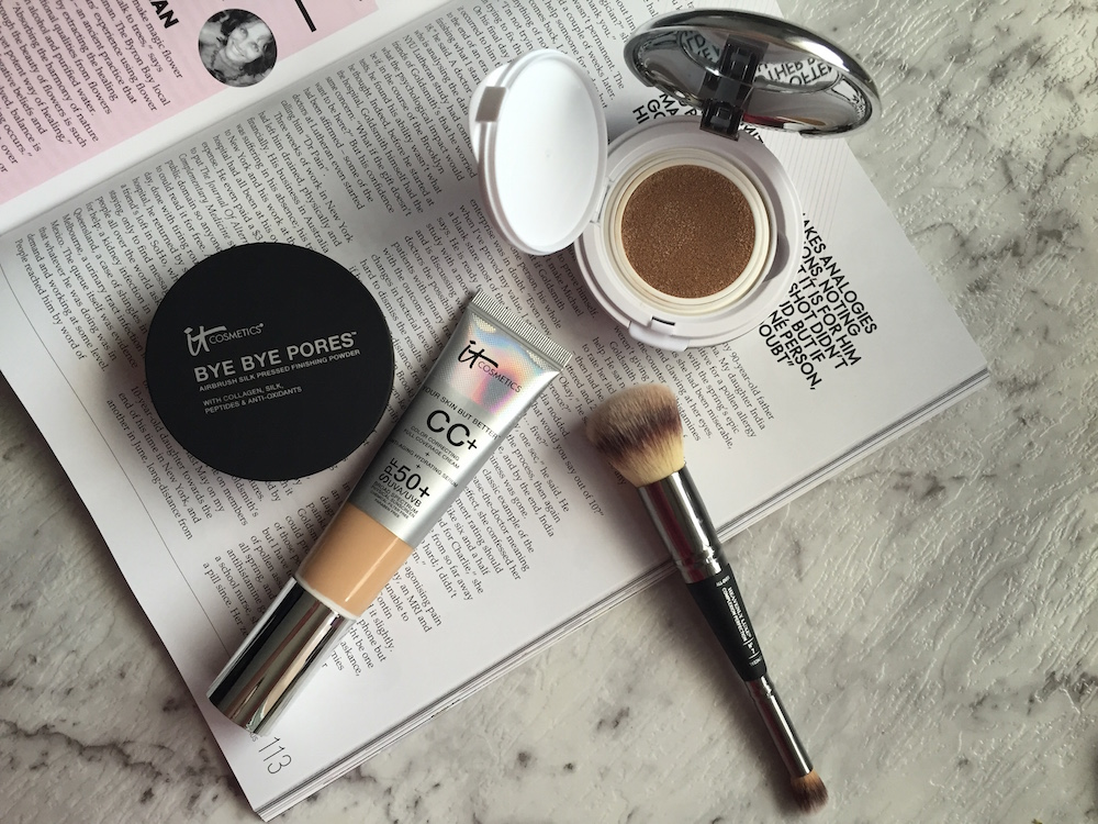 Get a perfectly portable base – ItCosmetics