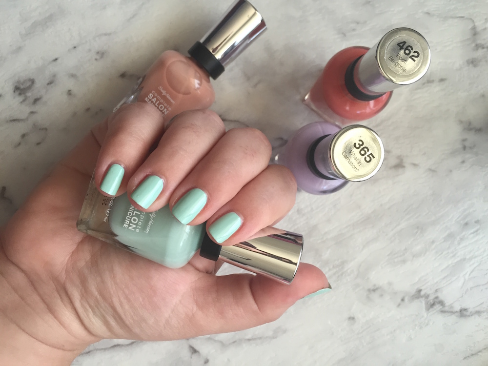 sally hansen green