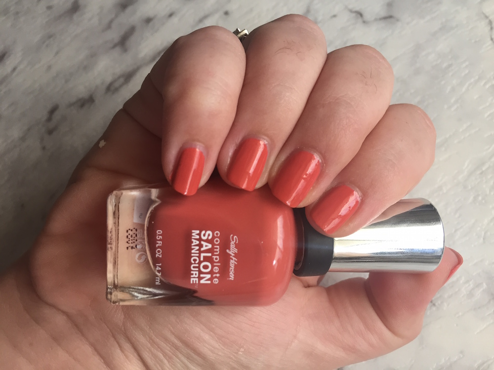 sally hansen red