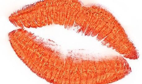 The best orange lips for this summer