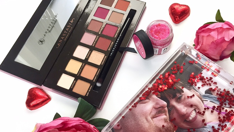 5 awesome Valentines gifts (that aren't red roses)