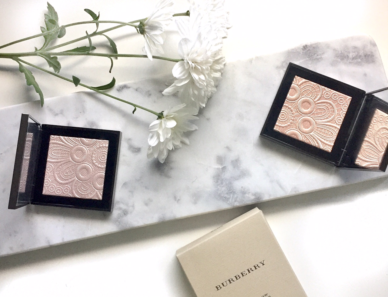 Burberry Fresh Glow Highlighter